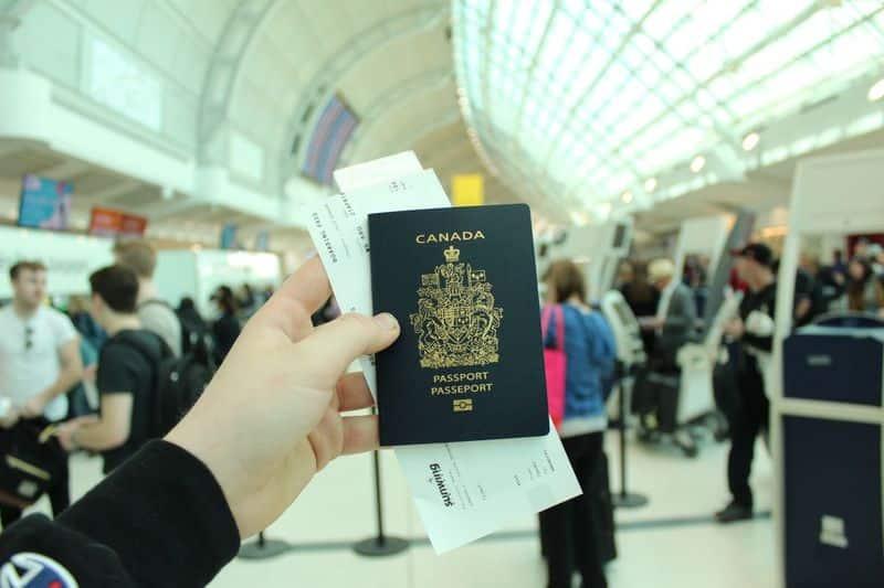 كم تحتاج من المال للهجرة إلى كندا؟